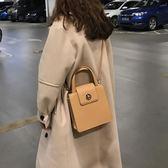 韓國百搭金屬鎖扣純色pu皮定型手提側背斜挎小方包女 黛尼時尚精品