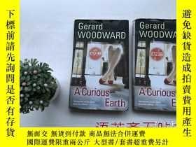 二手書博民逛書店英文原版書:A罕見Curious Earth: A Novel【