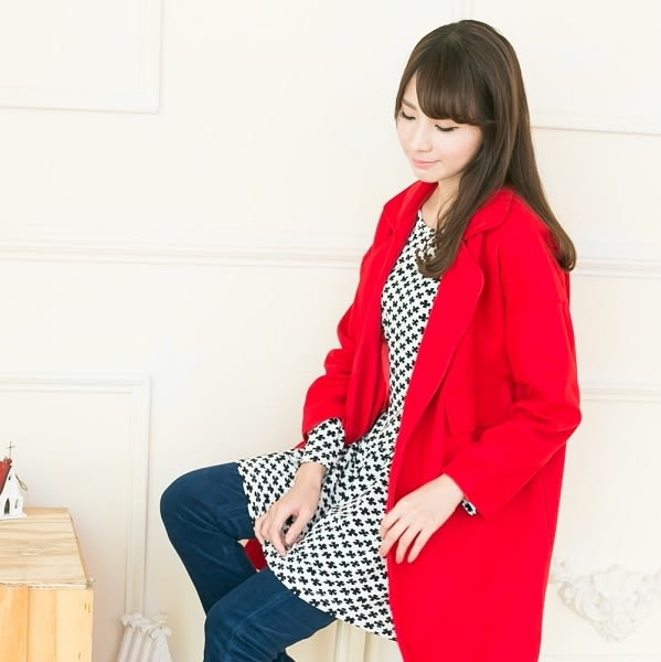 ☆NO.202 SHOP【A3262】紅~全尺碼~W領寒風長版蝴蝶袖大衣~大尺碼