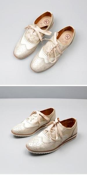 英倫平底布洛克鞋 2019夏季新款深口系帶雕花單鞋 學院風女鞋