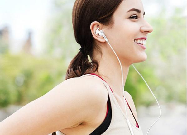 【免運費】【福利品】SAMSUNG 原廠 潮流耳塞式耳機 EO-EG920 【原廠盒裝】黑