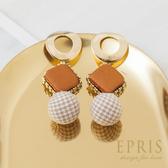 復古耳環 女生飾品推薦 絲絨格紋毛球 垂墜式耳環