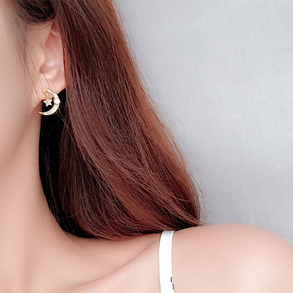 現貨 韓國時尚氣質浪漫百搭星月童話水鑽925銀針耳環 夾式耳環 S93441 批發價 Danica 韓系飾品