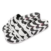 adidas 拖鞋 Marimekko X adidas Adilette W 黑白 波浪紋 聯名 拖鞋 女鞋【ACS】 GW7536