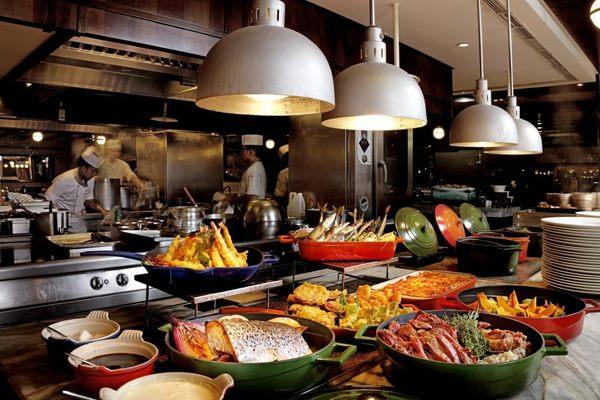 台北威斯汀六福皇宮 絲路宴餐廳自助餐券