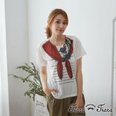 【Tiara Tiara】百貨同步 領巾x眼鏡造型短袖上衣T-shirt(白/藍)