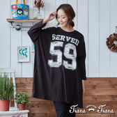 【Tiara Tiara】刷色英數字薄長袖寬版上衣(白/黑/藍) 新品穿搭