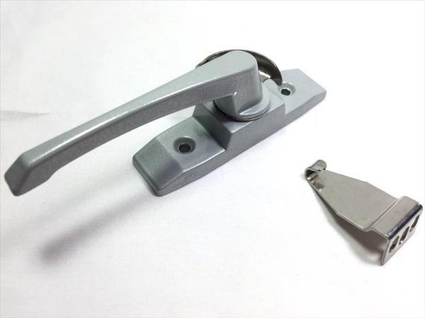 【大型鋁門鉤-左 54-87】154878門窗配件 鋁門配件【八八八】e網購