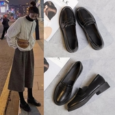 夏季新款2020潮鞋英倫風小皮鞋女學生百搭黑色一腳蹬中跟粗跟單鞋-米蘭街頭