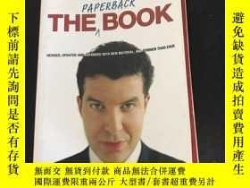 二手書博民逛書店英文原版罕見THE PAPERBACK BOOKY12153