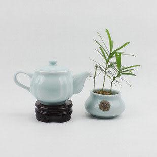 龍泉青瓷小茶壺