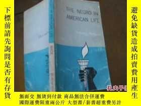 二手書博民逛書店THE罕見NEGRO IN AMERICAN LIFEY2058
