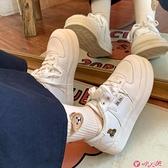小白鞋 帆布鞋子女2021年新款秋季冬加絨學生百搭圓頭運動小白棉鞋潮 小天使