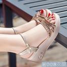 坡跟涼鞋現貨夏季新紅色蜻蜓坡跟涼鞋女仙女風水鉆厚底鬆糕羅馬女涼鞋 快速出貨