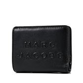 美國正品 MARC JACOBS 浮雕LOGO牛皮釦式短夾-黑色【現貨】