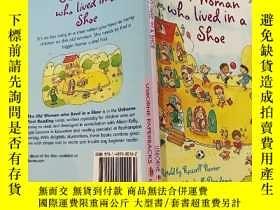 二手書博民逛書店The罕見Old Woman who lived in a shoe:住在鞋子裏的老婦人Y200392