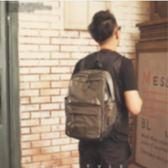 後背包日 雙肩包潮流男款電腦包學生防水書包旅行包大包素面純色簡約