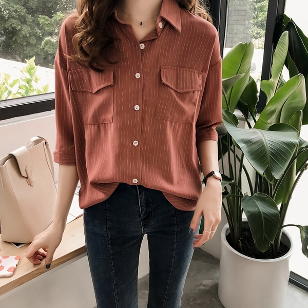 (免運)DE shop - 條紋小口袋翻領七分袖襯衫 YU-3443