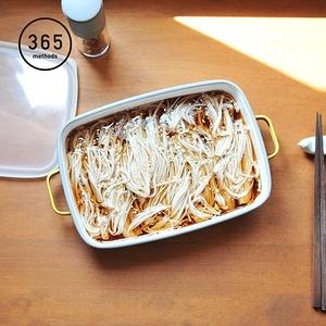 【日本365methods】雙耳長形琺瑯烤盤(附蓋)-1.6L白