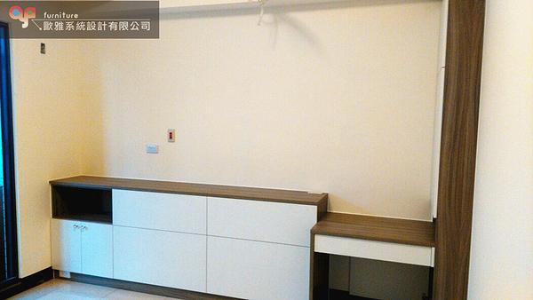 【歐雅系統家具】系統家具 系統收納櫃 床頭邊櫃設計 原價53280 特價37296