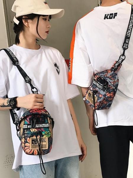 男士胸包2019新款夏季運動時尚潮流單肩背包情侶學生斜挎包女小包名品匯