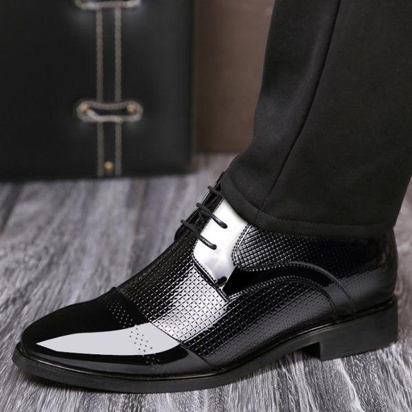 正裝皮鞋 商務男鞋子 秋冬新款內增高男鞋6CM尖頭男士增高鞋商務男皮鞋《印象精品》q442