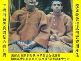 二手書博民逛書店Light罕見on the guru and disciple