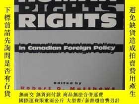 二手書博民逛書店英語原版書罕見《 Human rights in Canadia