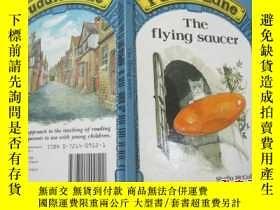 二手書博民逛書店puddle罕見lane the flying saucer (