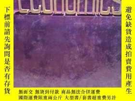 二手書博民逛書店Economics:罕見A text with Readings
