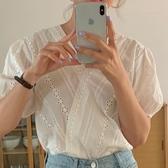 韓國chic復古百搭顯瘦V領交叉重工鏤空刺繡鉤花寬松泡泡袖襯衫女短袖T袖
