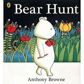 【麥克書店】BEAR HUNT  /英文繪本附CD《幽默》