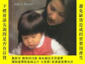 二手書博民逛書店Parent-child罕見Relations: An Introduction To Parenting-親子關