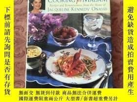 二手書博民逛書店COOKING罕見for MADAM Recipes and R