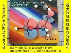 二手書博民逛書店Stereoelectronic罕見Effects - A Bridge Betwee... Y268220