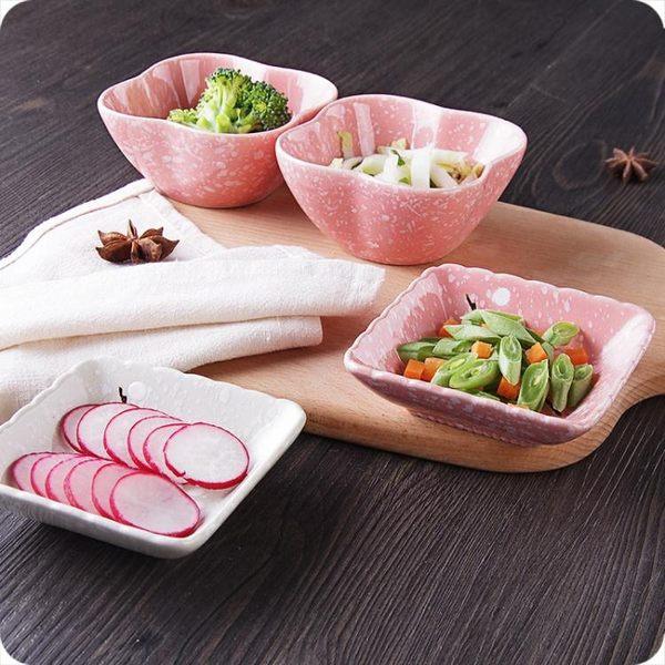 創意梅花圖案陶瓷小碟子調料碟家用餐具盤小吃碟火鍋調味碟蘸醬碟