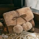 包包 蝴蝶結毛球側背包-Ruby s 露比午茶