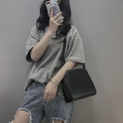 上新 包包女2019新款潮超火斜跨迷你chic簡約復古港風仙女小方包
