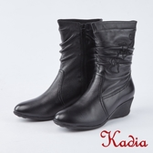 kadia.小羊皮抓皺水鑽愛心繡花低跟中筒靴(8803-91黑色)