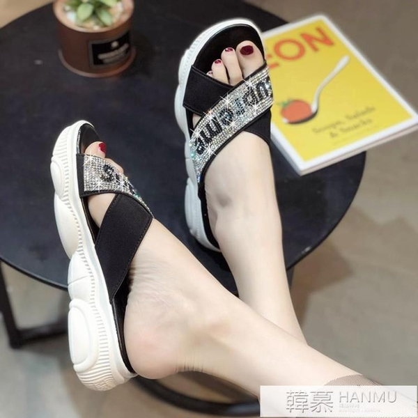 2021夏季新款韓版時尚百搭外穿厚底字母鑚拖鞋沙灘鞋平底涼拖女潮 夏季新品