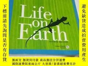 二手書博民逛書店Life罕見on Earth (4th Edition) 地球上