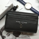 『Marc Jacobs旗艦店』現貨 Marc Jacobs MJ 真皮中夾 錢包 皮夾 零錢夾 名片夾