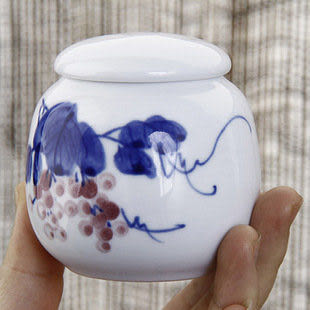 青花瓷茶葉罐陶密封 釉里紅葡萄醒茶罐