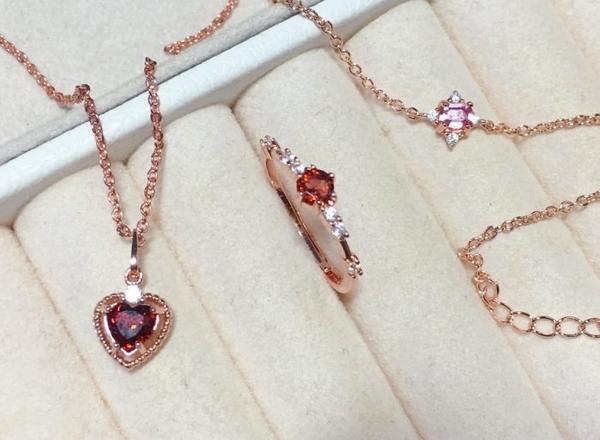 輕奢ins風 925銀鍍K金天然紅藍寶石agete風格 法式蕾絲戒指小精品