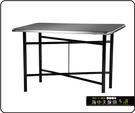 {{ 海中天休閒傢俱廣場 }} C-99 摩登時尚 餐桌系列 464-09 3X3尺不銹鋼餐桌/烤黑高腳
