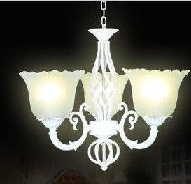 設計師美術精品館簡歐客廳吊鐵藝燈具復古燈北歐燈白色創意客廳燈飾歐式吊燈D308