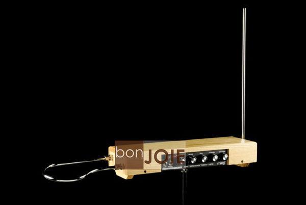 ::bonJOIE:: 美國進口 Moog Etherwave Plus 泰勒明 合成樂器 (全新盒裝) 電子樂器 合成 樂器 Theremin