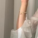 手鏈 珍珠閨蜜手鏈女ins小眾設計多層魚尾輕奢手飾品氣質簡約風【快速出貨八折鉅惠】