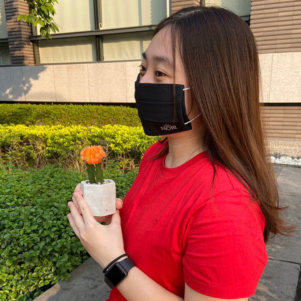 【MORR最罩】抗菌透氣口罩套(個性黑) - Made in Taiwan