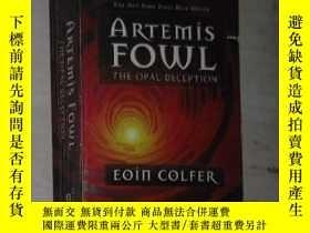 二手書博民逛書店英文原版罕見Artemis Fowl: The Opal Dec
